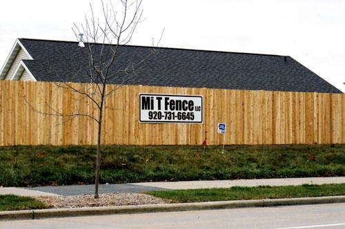 PVC fencing, fence contractor, fence contractors near me, fencing contractors, fences vinyl, fences vinyl near me, Gates & fencing, vinyl privacy fence, pet fence, pet fence near me, Gate Operators, Guard Rails,